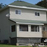 Cottages for rent: Lakeside House at Jocko's Beach Resort & Motel